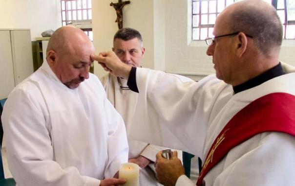 Prison ministry brings Middlesex inmate to baptism
